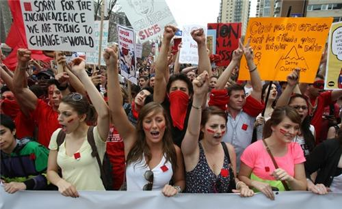 Квебек. забастовки февраль-август 2012