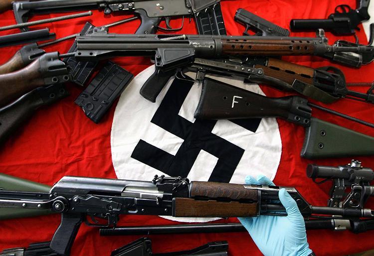 Riesiges Waffenarsenal sichergestellt