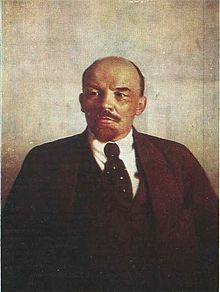220px-Lenin_V_I_1921_by_Parkhomenko