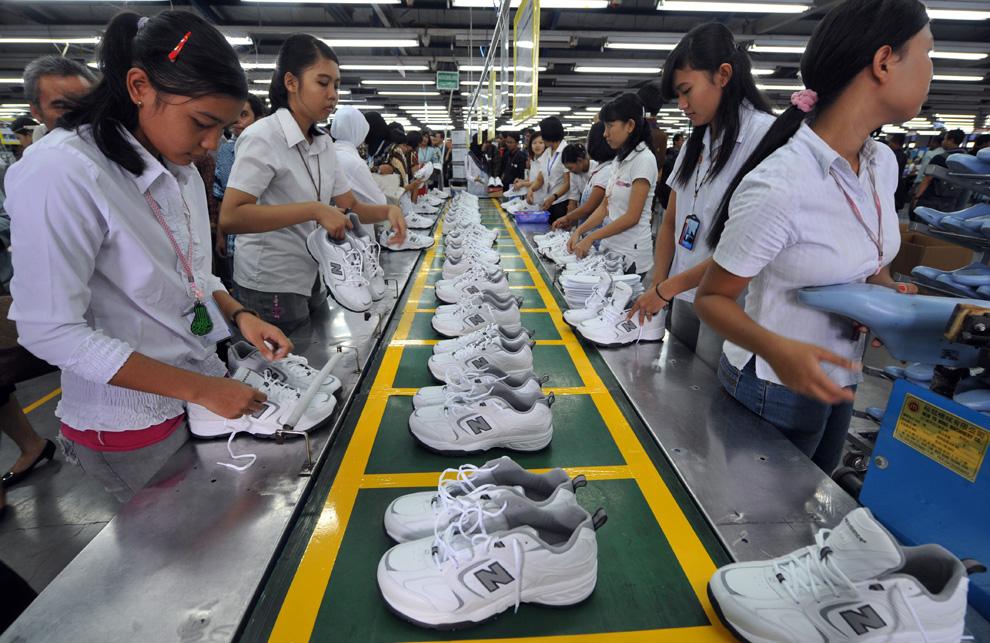 Обувщицы_Индонезии