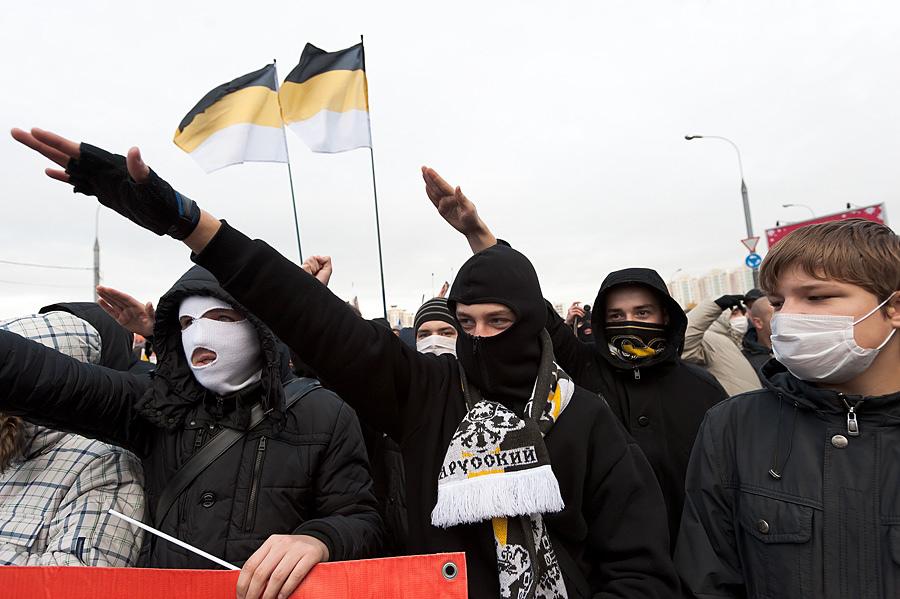 нацисты. русский марш