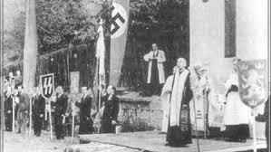 Униатские священники приветствуют немецко-фашистских оккупантов на Украине