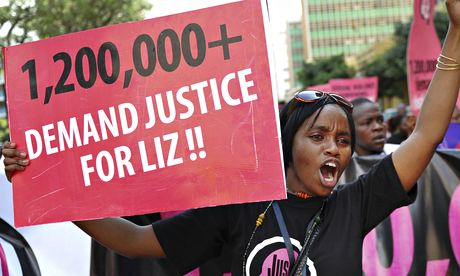 """Борцы за женские права до сих пор ждут правосудия в деле """"Лиз"""", подростка, которая была изнасилована в июне 2013 в сельском районе западной Кении."""