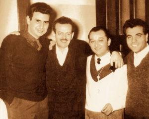 Слева направо: М. Теодоракис, В. Цицанис М. Хиотис, С. Казандзидис